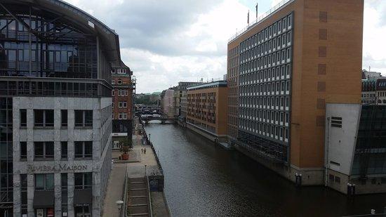 Steigenberger Hotel Hamburg: view from my room