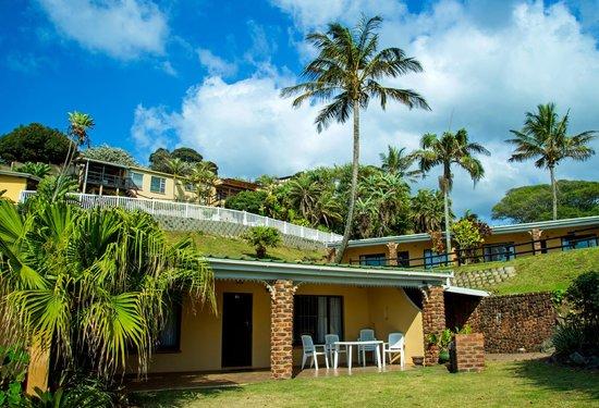 Tranquil setting of villas in garden picture of villa for Villas del sol