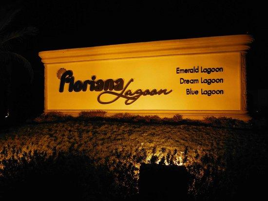 Blue Lagoon Marsa Alam : Grandiosa insegna del resort