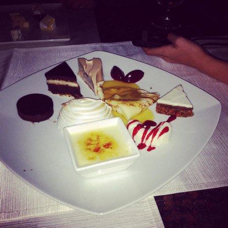 Windows on Aruba Restaurant: Dessert to share was to die for