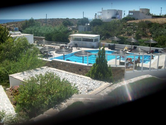 Ostria Inn : From our room - towards the pool