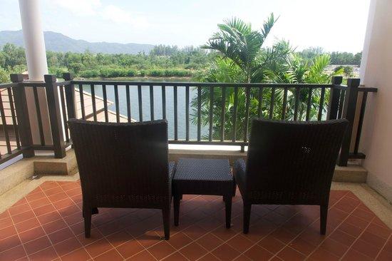 Angsana Villas Resort Phuket: Terrance of Master Bedroom