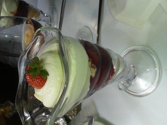 The Countess Of Evesham Restaurant Cruiser: Dessert
