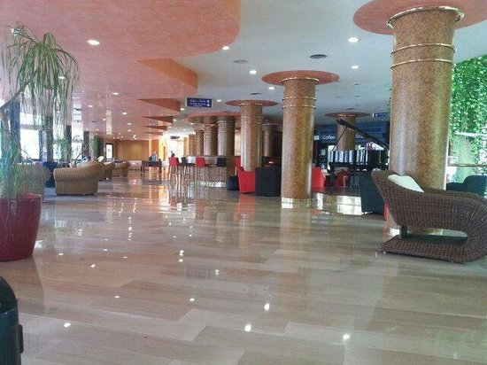 Hotel Gala: Hall