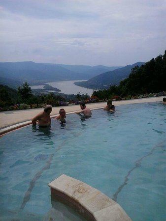 Silvanus Hotel Visegrad: Szabadtéri medence