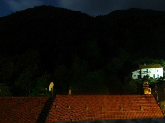 Silenzio e Buio: questa è la visione del piccolo paesino nella notte
