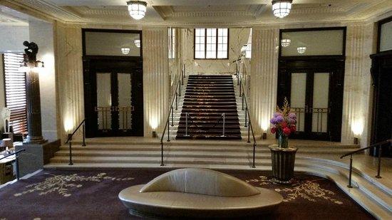Park Hyatt Vienna: Teil der Eingangshalle