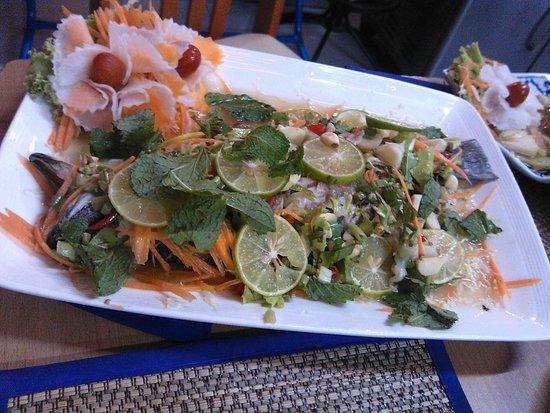 Halfway Inn (Restaurant) : Fisch mit Limette und Chili
