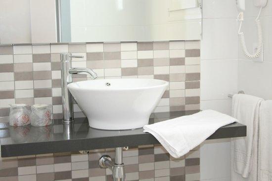 Hotel D'Or: Baño / Bathroom