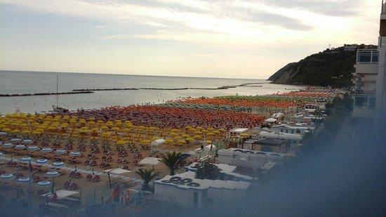 Hotel Resort Marinella : Bella vista dal terrazzo della camera