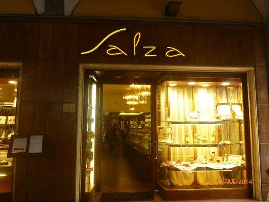 Pasticceria Salza: The shop