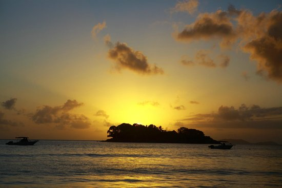 Paradise Sun : 海边日落