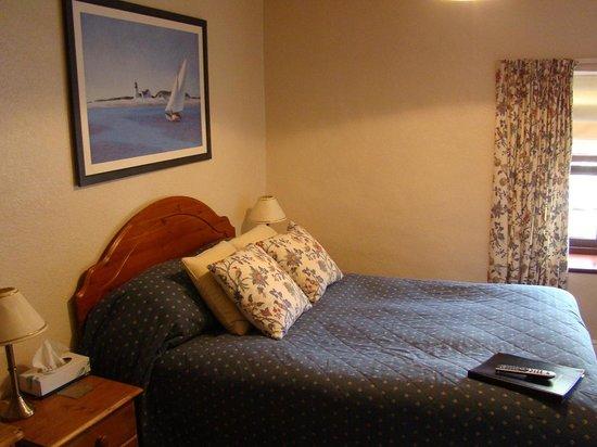 Gordons Hotel: Room