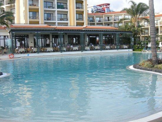 Porto Mare Hotel: A perfect setting for breakfast
