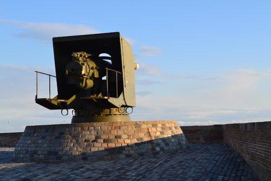 Montjuic Castle: Cañones del Castillo
