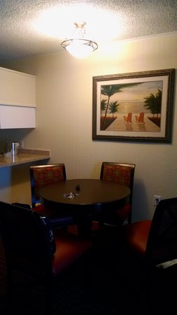 Wyndham Garden Fort Walton Beach - Destin FL: Dining area with some of kitchen in background
