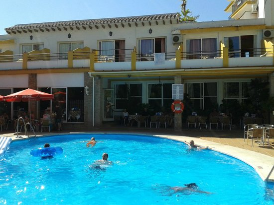 Hotel Villa Flamenca: Pool