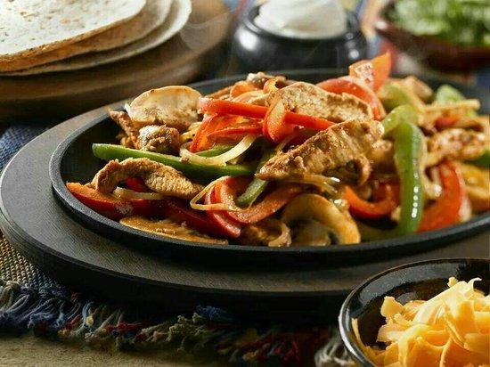 Tacos & Tapas: Esas fajitas Buenas. ..