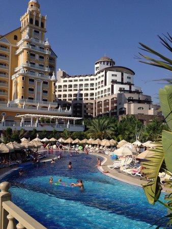 Royal Holiday Palace : Pool