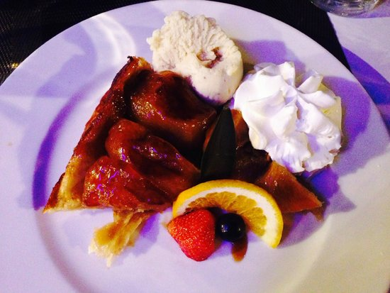 Brasserie du Port om café : Tarte tatin