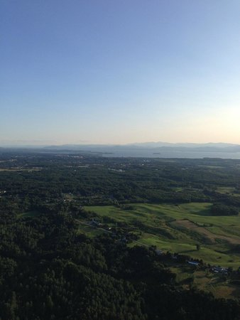 Above Reality Inc. Hot Air Balloon Rides: great views