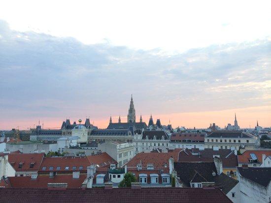 Fleming's Deluxe Hotel Wien-City: Вид из номера 604