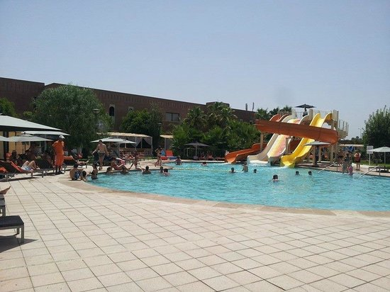 Kenzi Club Agdal Medina: piscine animée