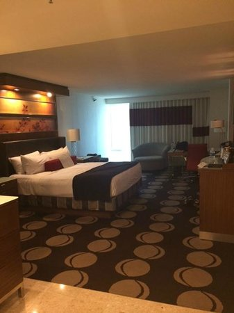 The Mirage Hotel & Casino: Hotel room