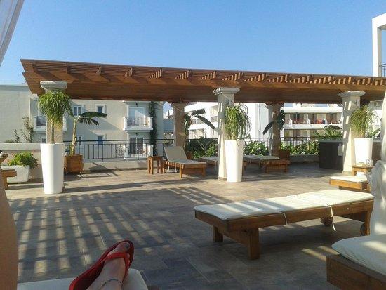 Peridis Family Resort: Relaxation area
