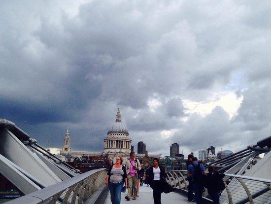 Millennium Bridge : A summers day in london
