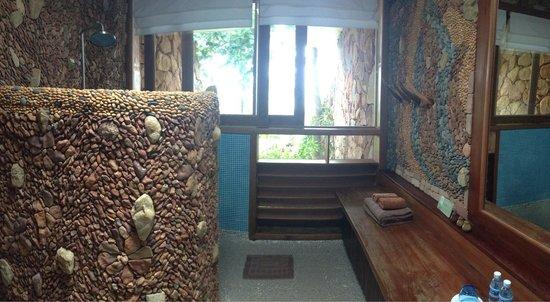 Veranda Natural Resort: Bathroom of Cliff Residence