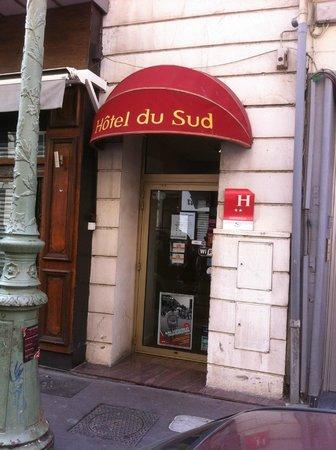 Hotel du Sud : Entrée de l'hôtel
