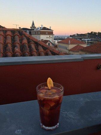 Cafe Galeria House of Wonders: Sunset Sangria