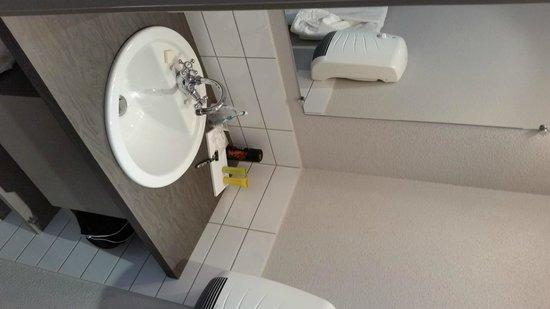 Hotel Haut-Koenigsbourg : Neue Dusche