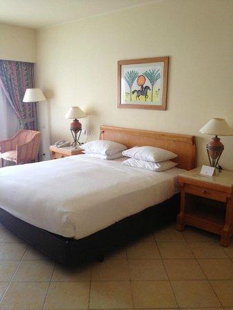 Hilton Sharm Waterfalls Resort: уютный номер