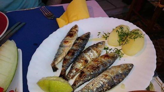 A Barquinha: sardinas por 4 euros, buenísimas