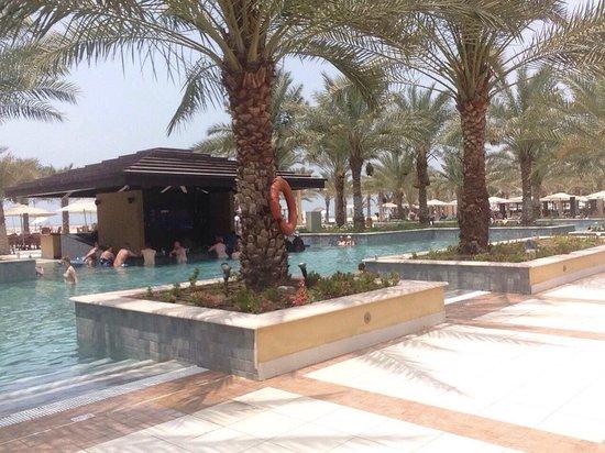 Hilton Ras Al Khaimah Resort & Spa : Bar