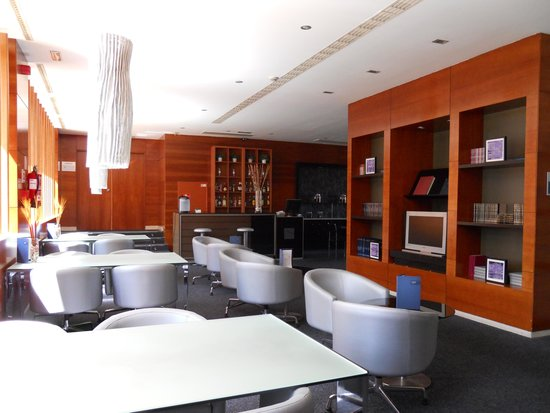 AC Hotel Palencia: Zona Cafetería