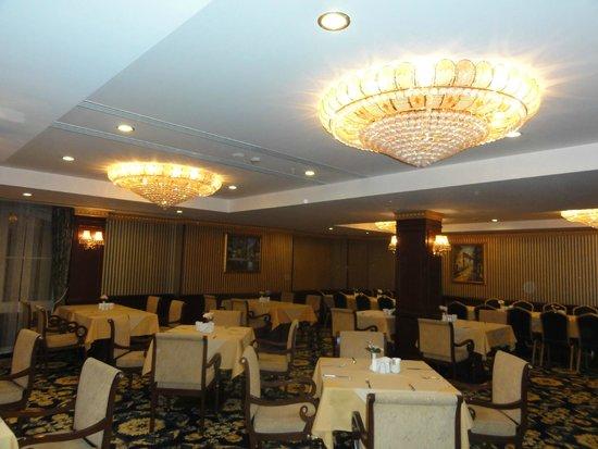 Latanya Palm Hotel: Restaurant