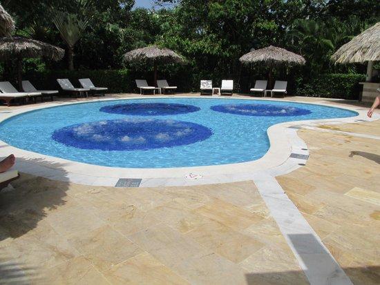 Luxury Bahia Principe Cayo Levantado Don Pablo Collection : Jacuzzi Pool