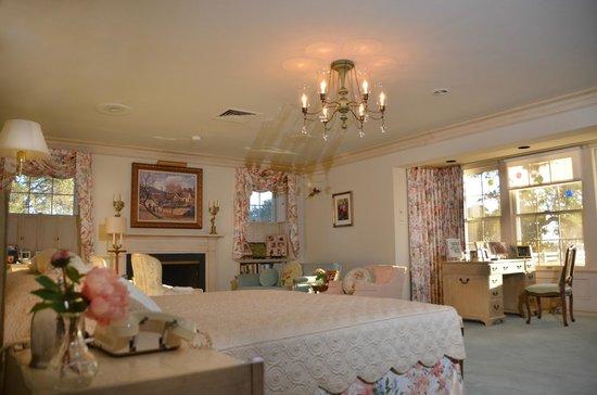 Lyndon B Johnson National Historical Park Mrs Johnsons Bedroom In The Texas White