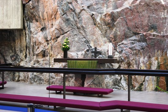 Rock Church: Altar