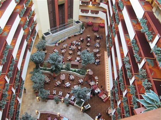 Embassy Suites by Hilton Albuquerque - Hotel & Spa: from the 9th fl.