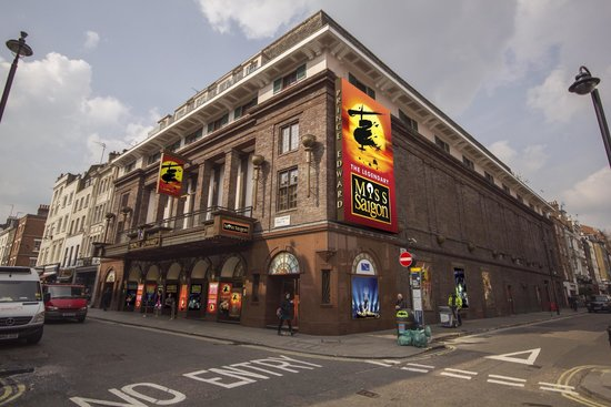 Powerful Miss Saigon At The Prince Edward Theatre
