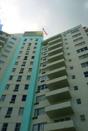 Sea View Hotel : Vista frontal