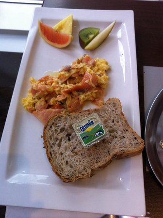 Brasserie Agrea : Eggs with salmon