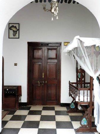 Tembo House  Hotel & Apartments: Есть даже кроватки для маленьких