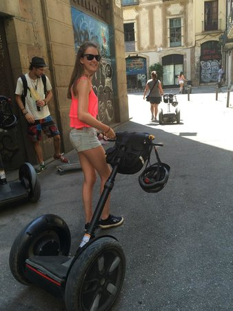 Barcelona Segway Glides: Walking the Segway to the tuition area