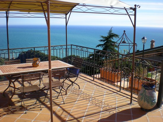 Altoblu Bed & Breakfast: La terrazza panoramica.