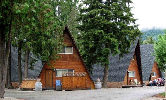 The Cedars Paradise Motel : cabins